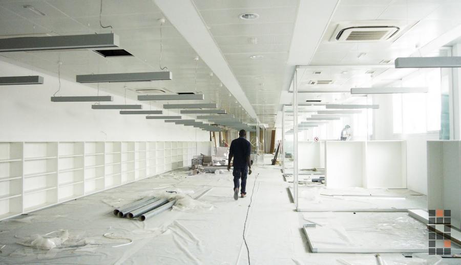 Oficinas centrales de exide technologies en espa a azuqueca manuel gonz lez guijarro s l p - Oficinas centrales de sanitas en madrid ...